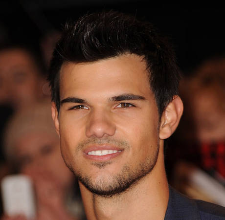 Taylor Lautner Bearded and Nude in New Preview for Brit TV Show Cuckoo (VIDEO)