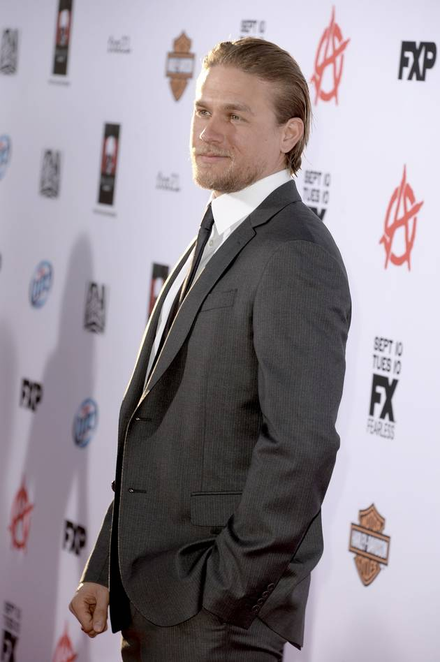 """Fifty Shades of Grey: Charlie Hunnam Walked Away Because of Scheduling Conflicts —""""It Was As Simple As That"""" (VIDEO)"""