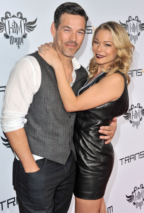 "Eddie Cibrian ""Totally Mortified"" By Wife LeAnn Rimes — Report (VIDEO)"