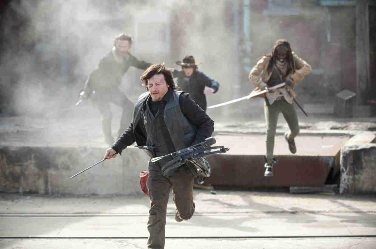 The Walking Dead Season 5: Cast, Crew Preview Bloody Good Comeback (VIDEOS)