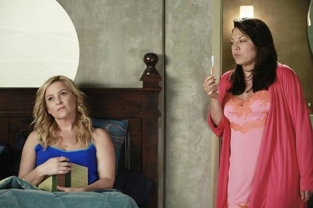 """Grey's Anatomy: Callie and Arizona's Relationship Is a """"Series of Band-Aids,"""" Says Shonda Rhimes"""