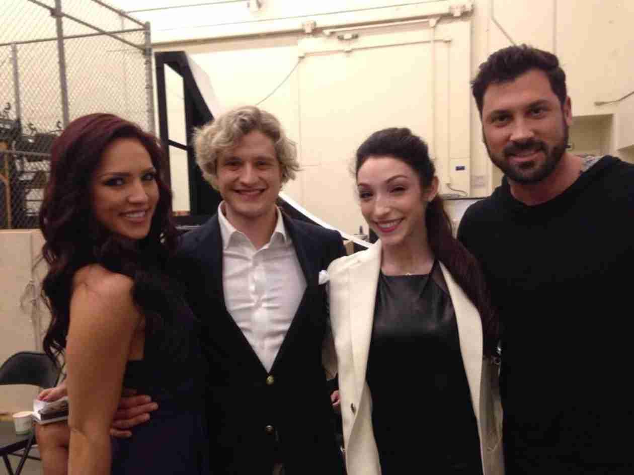 "Meryl Davis, Maksim Chmerkovskiy, Charlie, Sharna to Reunite For ""Shall We Dance on Ice"""