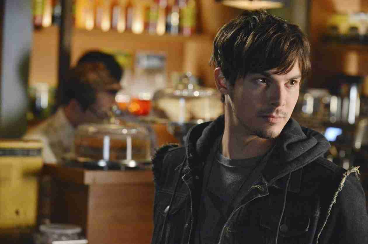 "Pretty Little Liars Spoilers: Caleb Is ""Isolating Himself"""