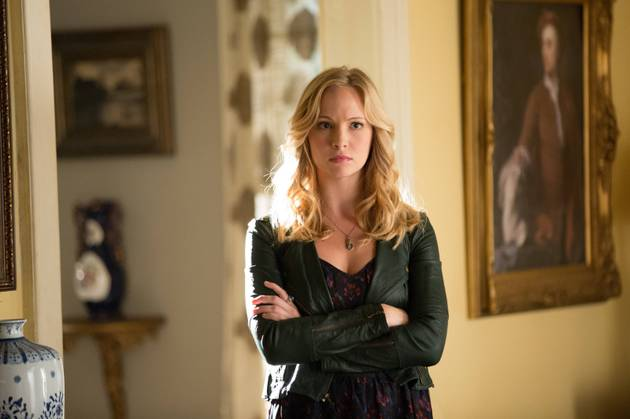"Vampire Diaries Star Candice Accola Warms Up Her ""Serious Vampire Face"" (PHOTO)"
