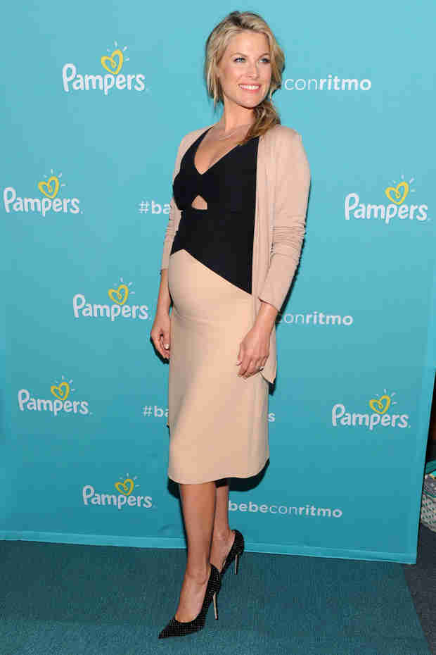 Ali Larter Talks Second Pregnancy and What It Means for TNT's Legends! — Exclusive