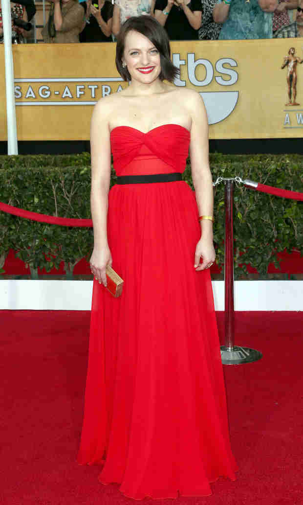 Elisabeth Moss Circling Role for Season 2 of True Detective