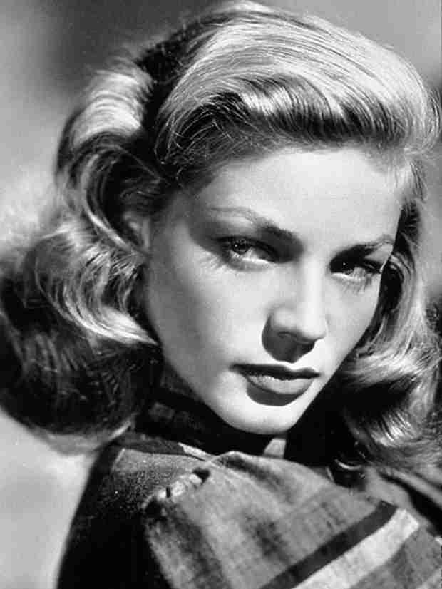 RIP Lauren Bacall: Celebs React to Star's Passing on Twitter (VIDEO)