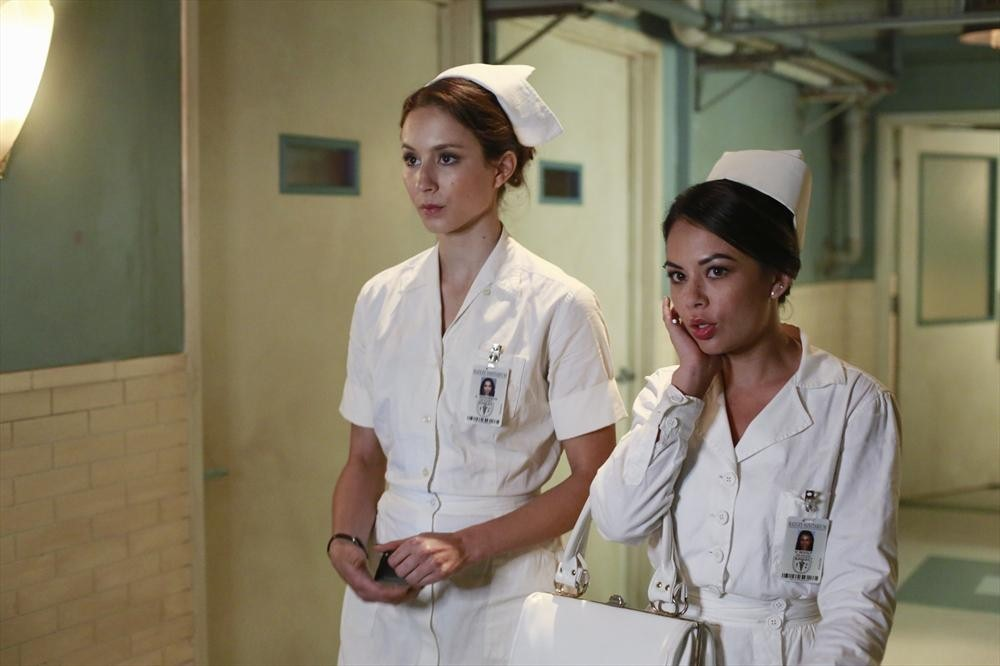 Pretty Little Liars Season 5 Summer Finale Sneak Peek: Will Mona and Spencer Get Caught in Radley? (VIDEO)
