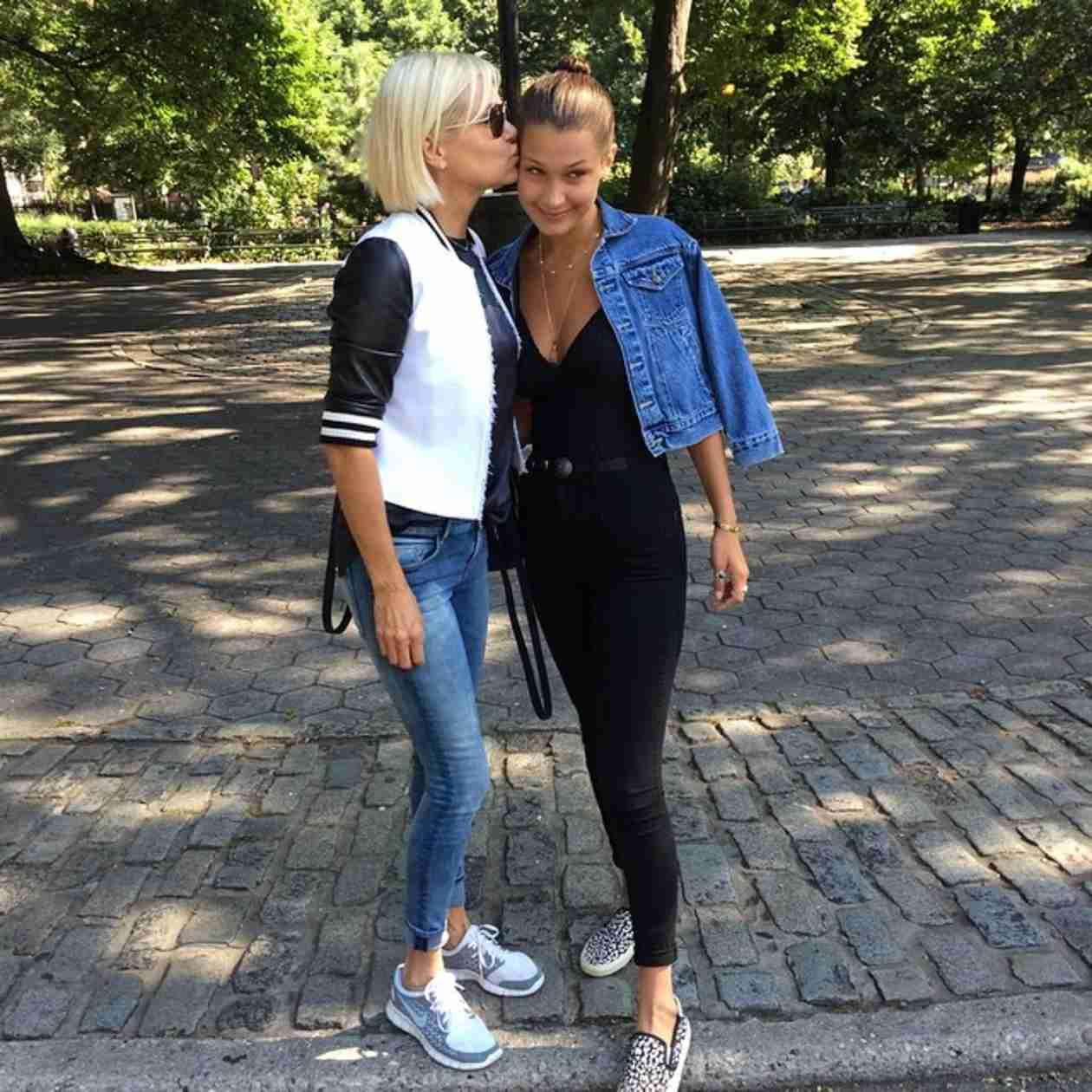 Yolanda Foster Kisses Daughter Bella Hadid Goodbye For College in NYC (PHOTO)