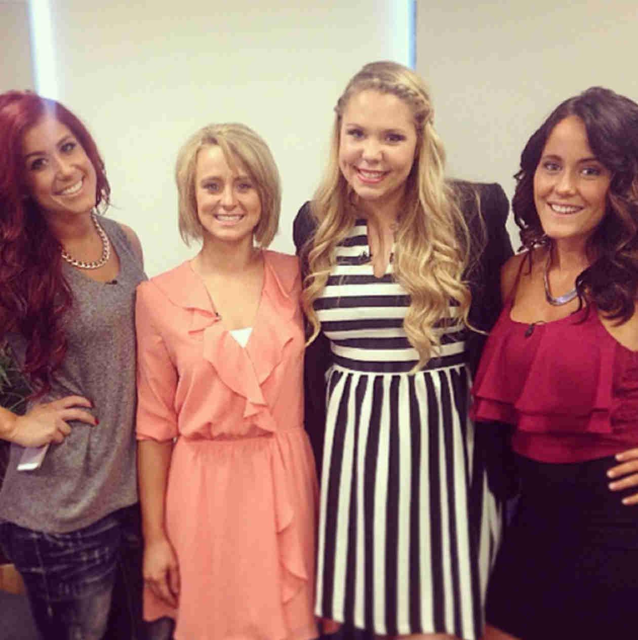 Teen Mom 2 Ladies Reunite! — See their Flawless Group Snapshot! (PHOTO)