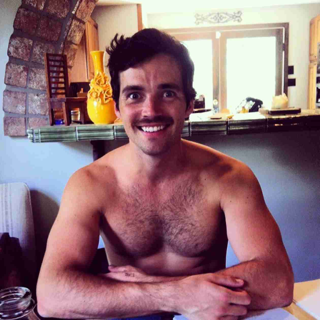 Ian Harding Rocks a Mustache in Epic Shirtless Selfie (PHOTO)