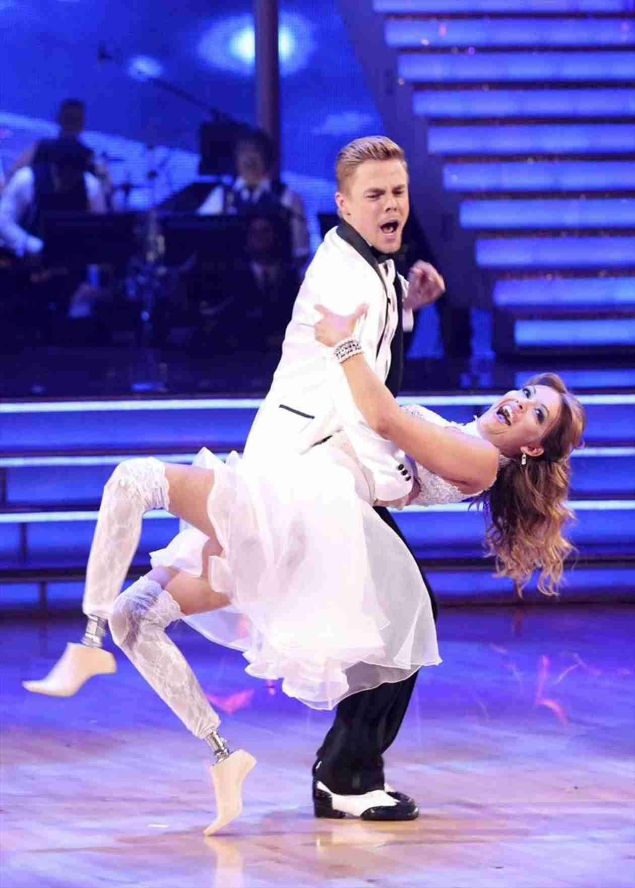 "Derek Hough Likes Judges's Criticism on Dancing With the Stars: ""It's Actually Kind of Fun"""