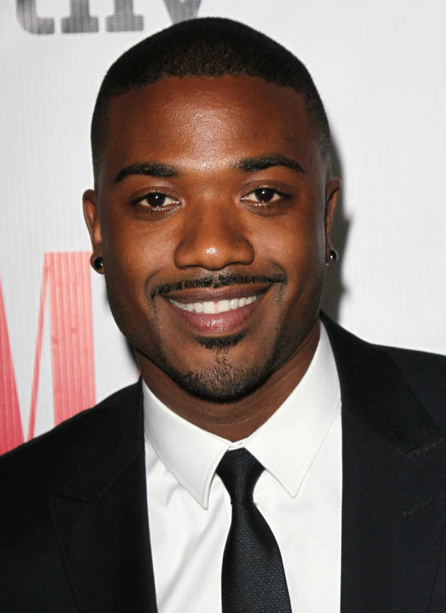 Cops Who Pulled Over Ray J (and Took Photos With Him) Investigated For Impropriety — Report