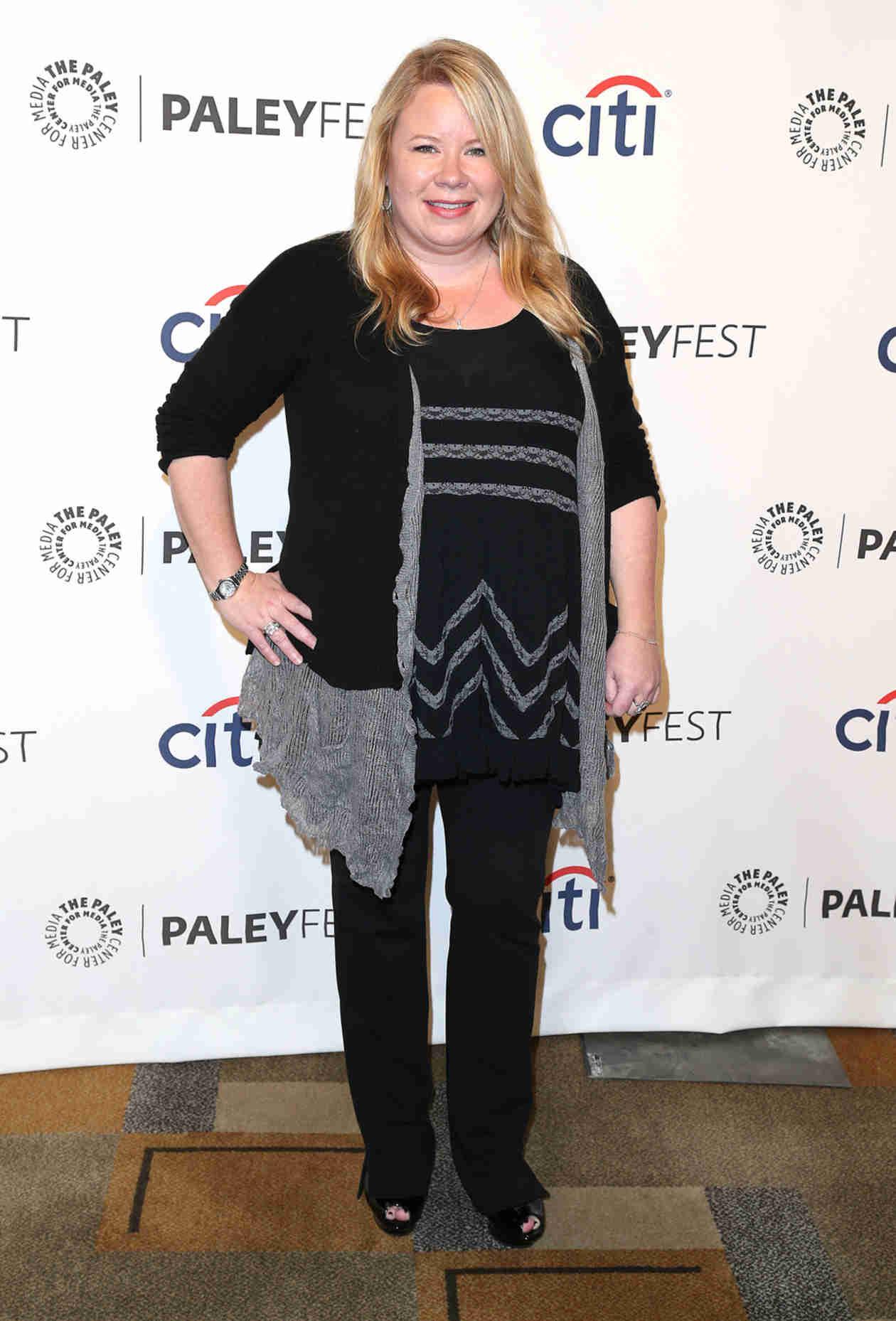 Julie Plec Making Directorial Debut in Vampire Diaries Season 6
