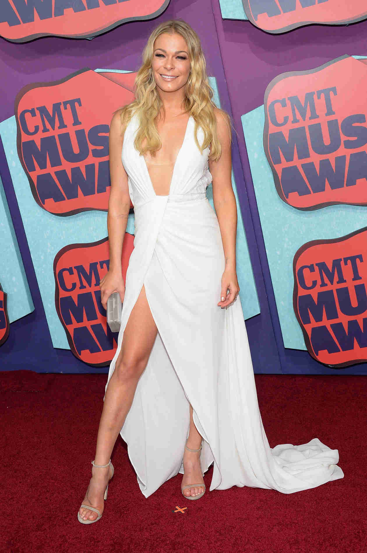 LeAnn Rimes Dishes About Launching Her Own Bikini Line!