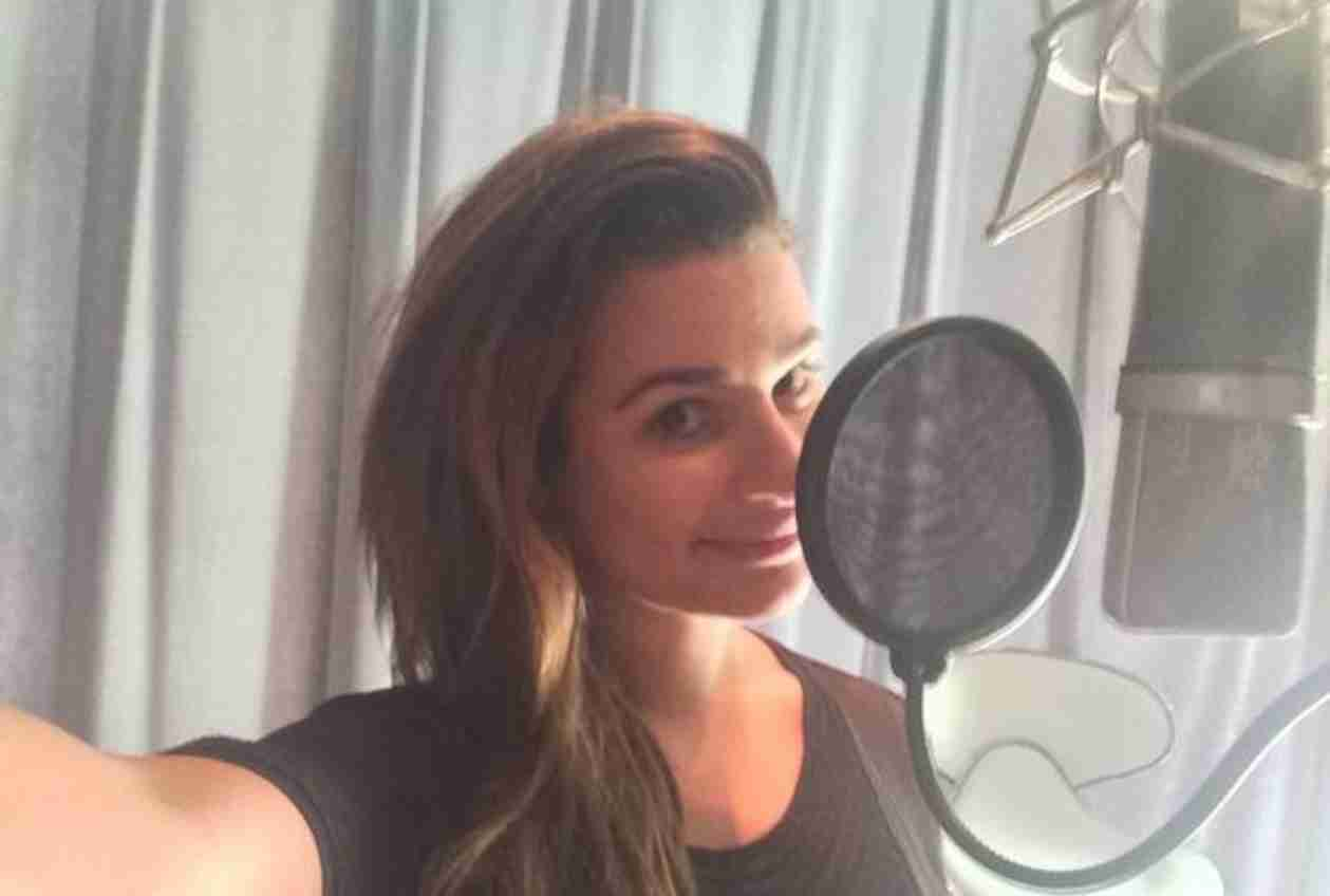 Lea Michele in Recording Studio — Is She Doing Voice Work For Bollywood Superstar Monkey? (VIDEO)