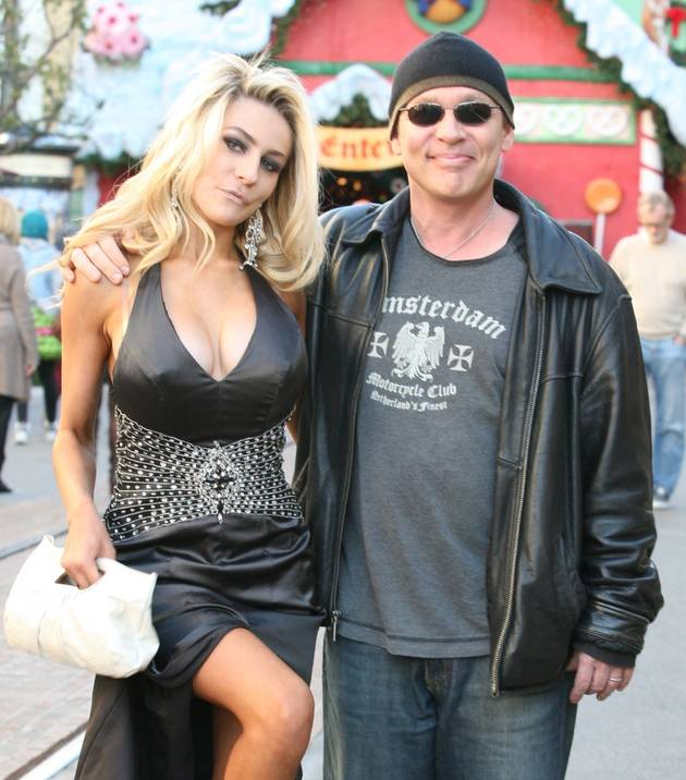 Courtney Stodden Back With Husband Doug Hutchison — And They're Engaged! (VIDEO)