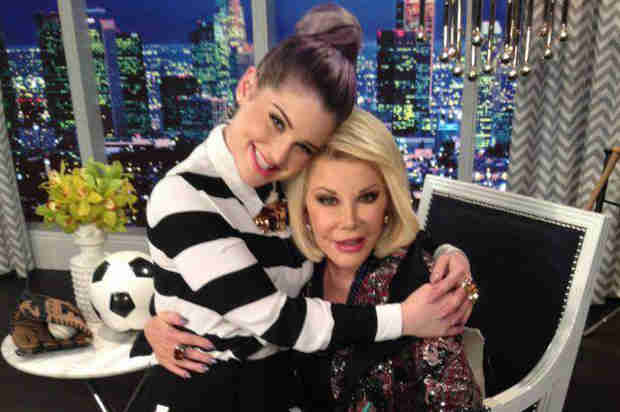 Joan Rivers Dies at 81: Fashion Police Co-Hosts React (VIDEO)