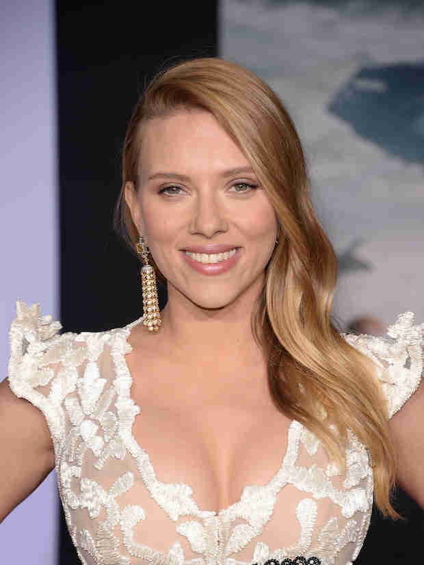 Is Pregnant Scarlett Johansson Having a Boy?