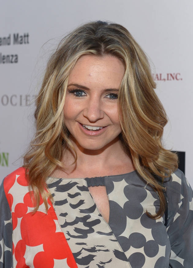 7th Heaven Star Beverley Mitchell Pregnant With Baby No. 2 — It's a… (UPDATED)