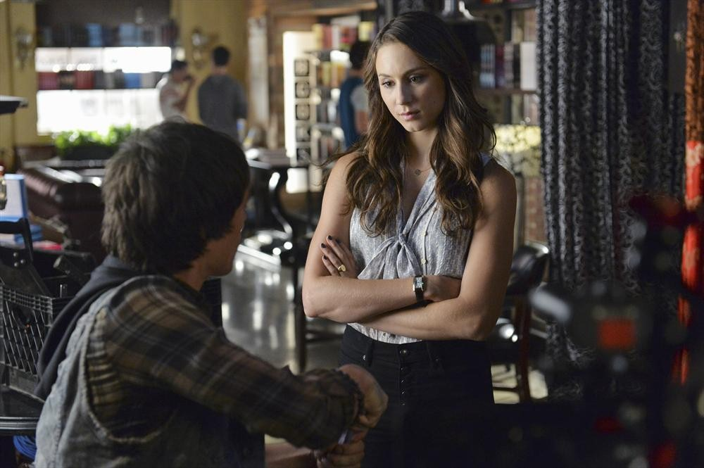 Pretty Little Liars Season 5, Episode 18 — To Catch a Whisper