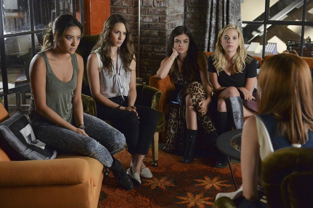 Pretty Little Liars Season 5, Episode 18 — 10 Burning Questions