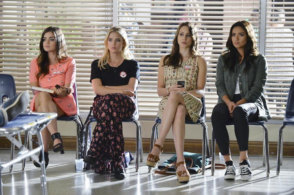 "Pretty Little Liars Promo: Season 5, Episode 19 — ""Out, Damned Spot"" (VIDEO)"