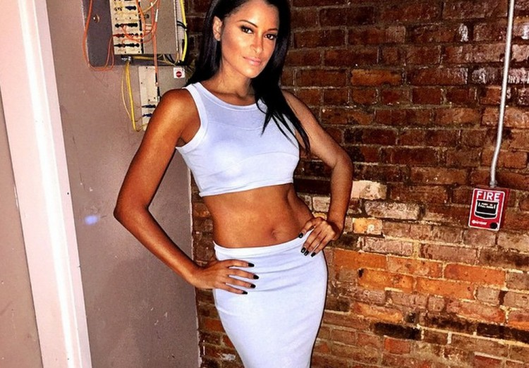 w630_Claudia-Jordan-Shows-Off-Results-of-Her-Stress-Diet-1421780572