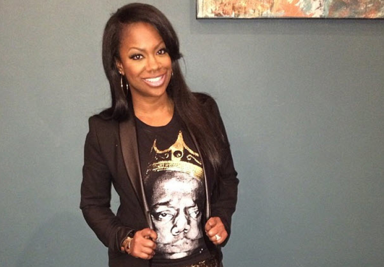 w630_Kandi-Burruss-Wears-Glitter-Pants-For-a-Night-Out-1391723905