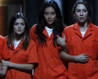 The Liars Link Arms in Season 5 Finale