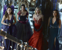 "The Liars at ""Prom"" in Season 5 Finale"