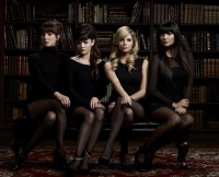 Pretty Little Liars Promo Season 2