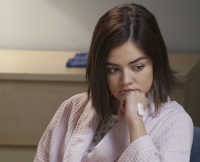 Aria on on Pretty Little Liars Season 6, Episode 2