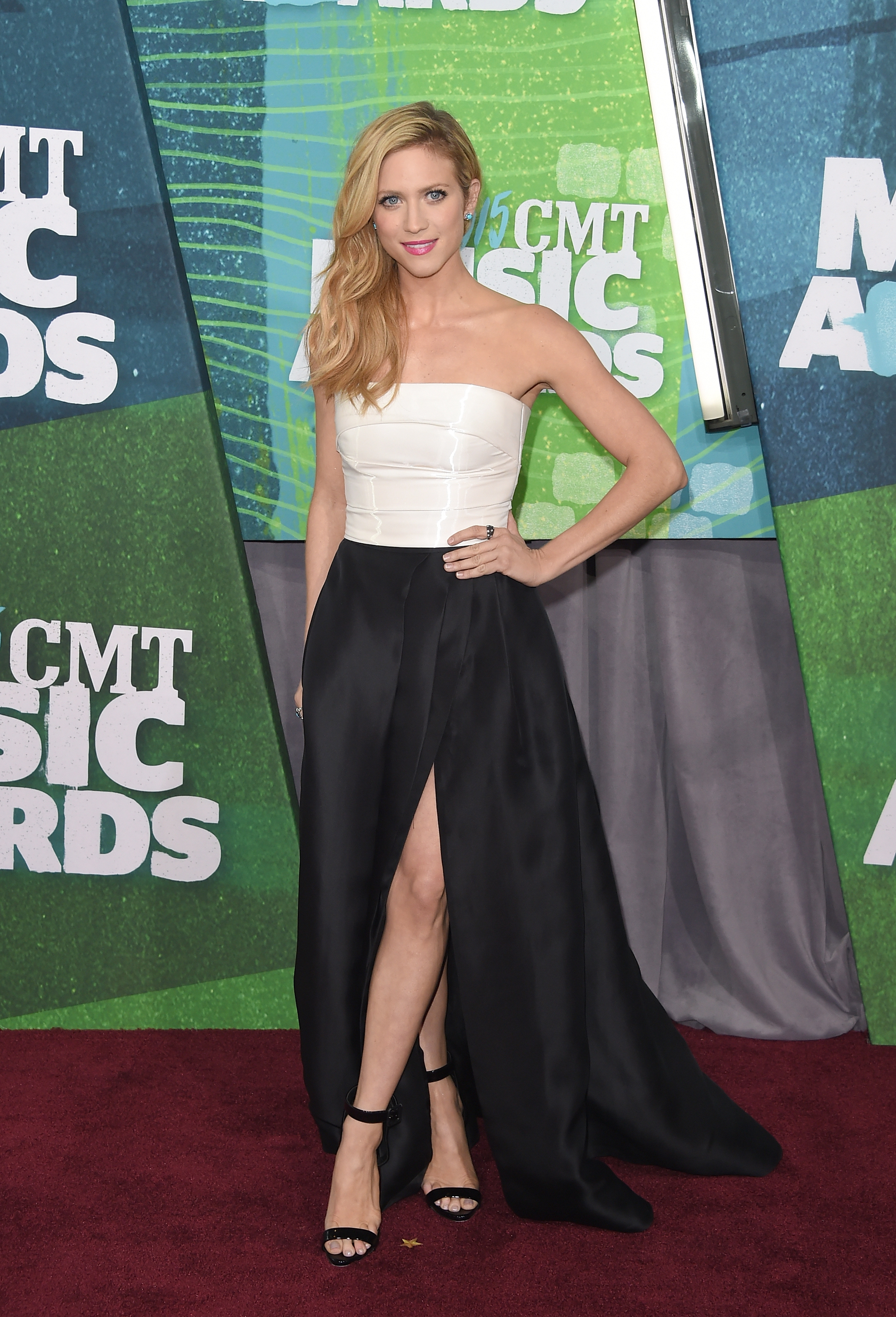 Brittany Snow 2015 CMT Music Awards – Arrivals