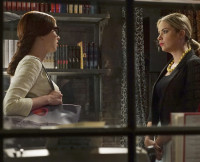 Lesli and Hanna on Pretty Little Liars Season 6, Episode 5