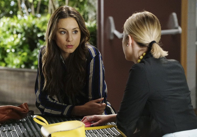 Spencer and Hanna Talk on Pretty Little Liars Season 6, Episode 5