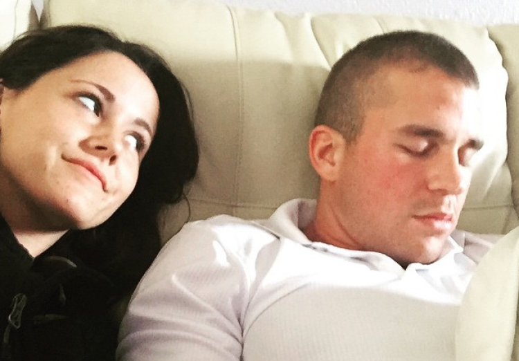 Are jenelle and nathan still hookup