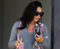 Pregnant Naya Rivera Leaves Quench Juice Bar on June 19, 2015