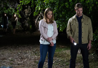 Jason and Ali on Pretty Little Liars Season 6, Episode 4