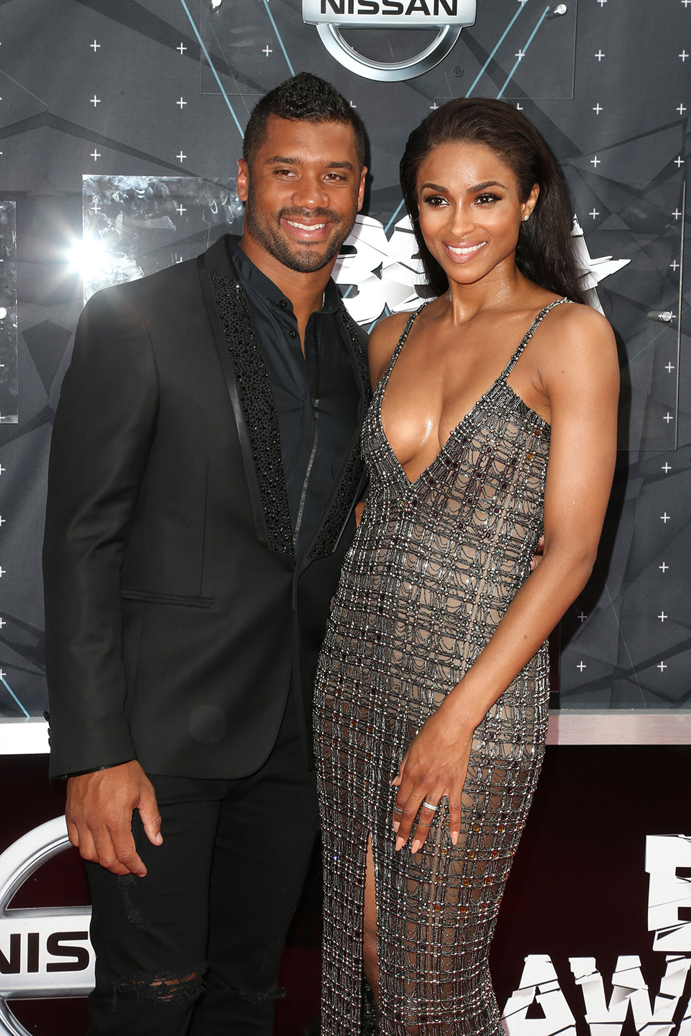 Russell dating ciara