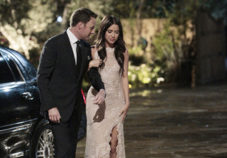 Chris Harrison escorts Kaitlyn to the mansion.