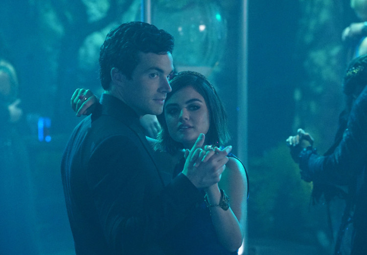 Aria and Ezra, Together at Prom