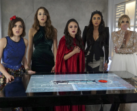 Pretty Little Liars Season 6 Finale: What Do They See?
