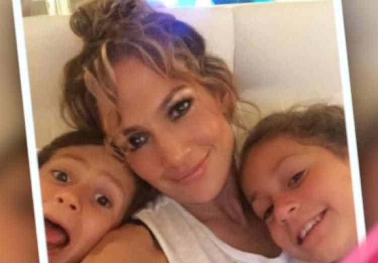 Jennifer Lopez, Max, and Emme