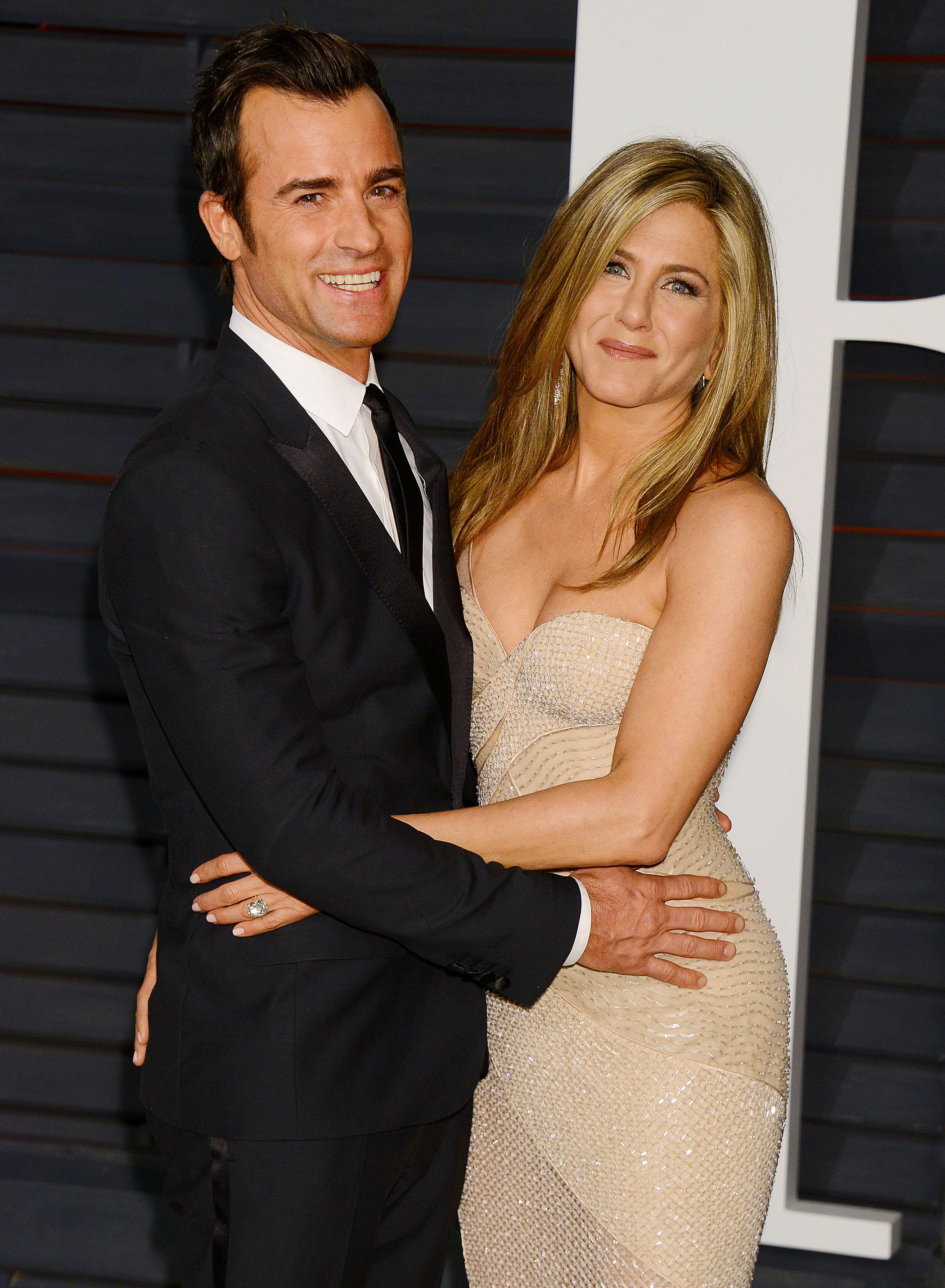Jennifer Aniston Amp Justin Theroux Wedding Photos Details